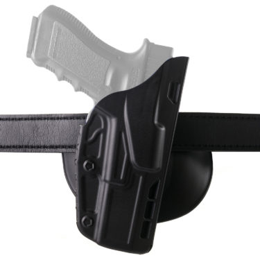 DG_7378_black_gun_with_belt